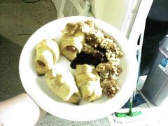 Trashy dinner.jpg (postmod_sexgeek) Tags: via sent helio