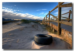 Re-tire-d (Vicent de los Angeles) Tags: wood seascape beach valencia clouds canon landscape eos spain madera sand footbridge wideangle tire playa arena nubes pasarela viejo hdr gandia canonefs1022mm neumatico photomatix jubilado xeraco supershot safor 40d mywinners abigfave ysplix overtheexcellence goldstaraward
