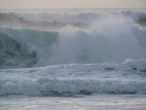 ...la fuerza del mar...
