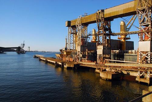 Tergrasa e Termasa serão beneficiadas assim que a Capitania homologar o novo calado do porto. Crédito: Gerson Pantaleão