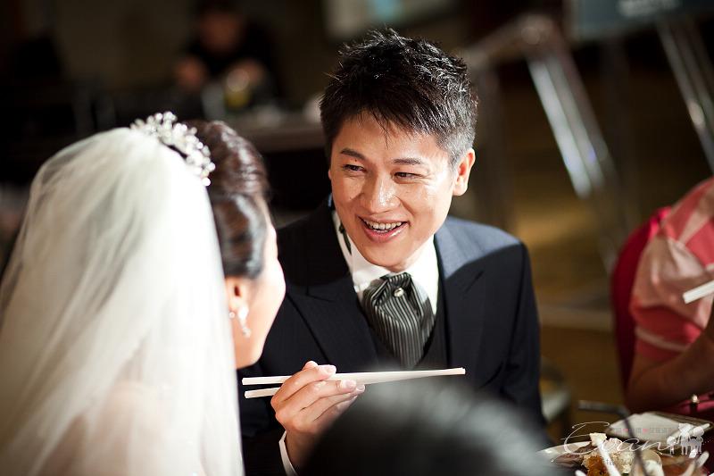 [婚禮紀錄]輝宏&欣怡婚禮攝影午宴_103