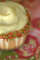 wasabi white chocolate cupcakes with plum sake filling