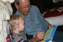 (Avery Studio) Tags: family ky grandpa 2008 willsmith 30d canonef28135mmf3556isusm thornwild
