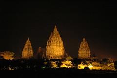 Prambanan tempel bij avond