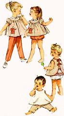 S4018Gallery (sandritocat) Tags: panties vintage pants apron international transfer vintage50s simplicity4018 smocktop toddlersize2 teamesst seingpattern