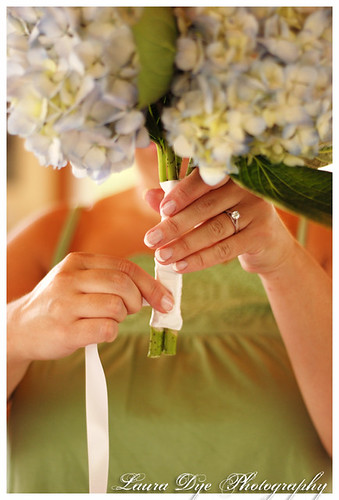 making her bouquet