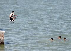 jump (AgusValenz) Tags: rio kids river jump nikon nios soviet coolpix salto centralasia kazakhstan chicos eurasia ural muchachos atyrau p80 chamos