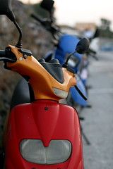 2848667135 a399061cb0 m Q&A: Do ALL motorbikes, scooters etc have batteries?