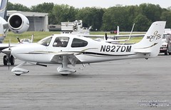 N827DM (PHLAIRLINE.COM) Tags: plane design aviation flight airline planes corp cirrus trenton bizjet ttn sr20 trentonmercerairport n827dm