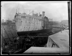 USS Balitimore (George Eastman House) Tags: bw philadelphia war ship ships baltimore 1900 pearlharbor propellers battleship shipyard stern drydock usnavy usn cruiser uss warship rudder steampunk c3 georgeeastmanhouse shipbuilding shipbuilders unitedstatesnavy philadelphiapa cm1 philadelphiapennsylvania gravingdock ussbaltimore protectedcruiser williamcrampsons color:rgb_avg=777777 receivingship williammvanderweyde williamcrampandsons crampandsons geh:accession=197400560791 crampsons ussbaltimorec3 ussbaltimorecm1