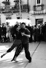 (Gustavo Minas) Tags: southamerica argentina calle dance buenosaires couple pareja pb tango dana casal baile santelmo amricadosul argentinos sudamrica