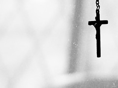 Cross Silhouette (Anish Krishnan [anishk.in]) Tags: white black silhouette cross sony jesus h7