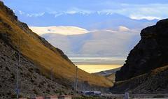 Lhachen (Nagen) la (reurinkjan) Tags: nature tibet 2008 sept changtang tibetanlandscape janreurink damshungcounty damgzung