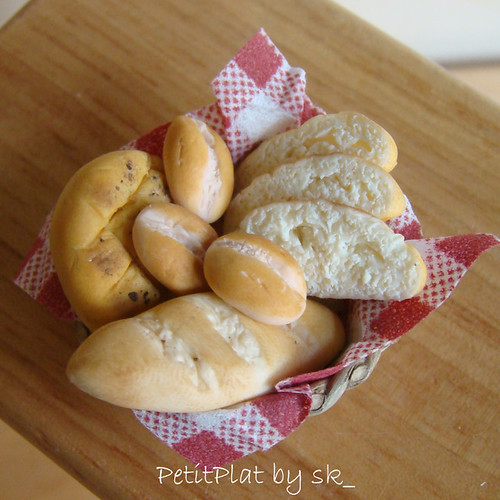 Miniature Food Bread Basket