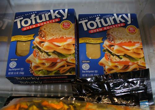 2008-10-14 - Tofurky Slices - 0002