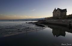 Cascais. (benitojuncal) Tags: sunset portugal rio canon 22 10 lisboa palace reflejo mm tejo cascais palacio desembocadura anochece anawesomeshot