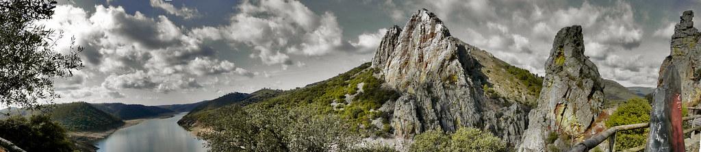 P.N. Monfragüe ( El Salto del Gitano y rio Tajo)