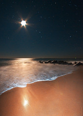 ocean longexposure moon seascape art nature water... (Photo: JamesWatkins on Flickr)