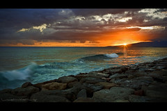 Kaka'ako Waterfront Park at Sunset (Rex Maximilian) Tags: ocean sunset clouds hawaii waves oahu horizon explore shore honolulu kakaakopark lavabed vosplusbellesphotos kaka'akopark