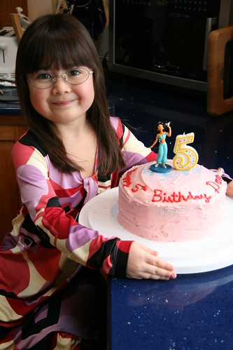 Dova and her cake