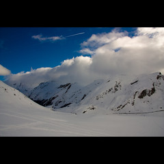 Cotton Clouds (tochis) Tags: christmas blue winter white snow france mountains clouds airplane landscape landscapes europe postcard jet tracks traces cotton range fr pyrenees joyride portalet onblue aquitaine mididossau pyreneesatlantiques parcnationaldespyrnes flickraward platinumheartaward multimegashot