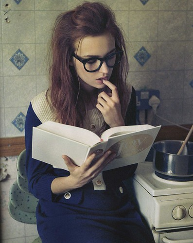 woman,girls,books,female,glasses,for,exeter-762eed7c92f2b75cdd4536821a559a3a_h
