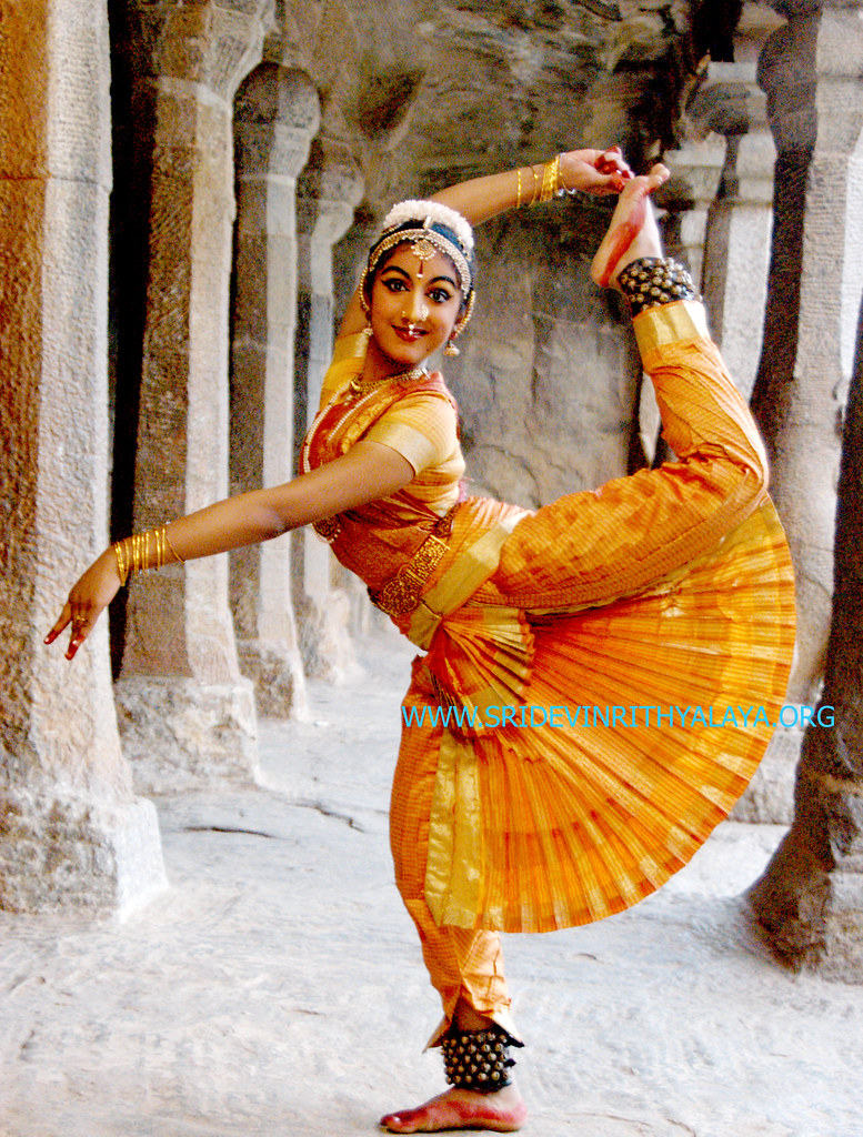 dance.net - Gorgeous photos of young Bharatanatyam dancers from India ...