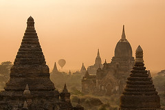 A typical day in Bagan, Myanmar (Burma) (YYZDez) Tags: sunrise temple pagoda ancient asia southeastasia burma stupa balloon temples hotairballoon 5d myanmar canon5d pagan pagodas bagan 24105 stupas bej canonef24105f4is anawesomeshot ef24105is ubej