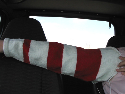 Hockey sweater sleeve