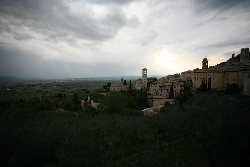 Light shines on Assisi