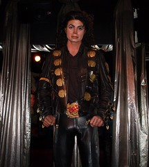 Michael Jackson mannequin 2 @ Hollywood Guinness World of Records (SnapShot Boy) Tags: sculpture music celebrity art mannequin museum losangeles dance artwork media display song mj blues dancer exhibit entertainment hollywood figure singer michaeljackson popculture 2008 rb rockandroll kingofpop popstar artsandcrafts musicstar laist jackson5 thejacksons guinnessworldofrecords
