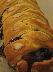 White Chocolate & Berry Danish Braid