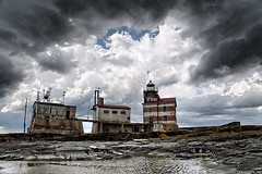 Dark clouds above Mrket lighthouse (taivasalla) Tags: sky cloud lighthouse clouds suomi finland geotagged island rocks kallio sweden balticsea cliffs islet itmeri archipelago luoto aland saari land pilvi pilvi taivas ahvenanmaa ruotsi saaristo majakka nikond200 terrascania alandislands landislands ahvenanmeri mrket