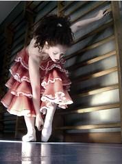 BALLERINA (lallacembali) Tags: ballerina danza palestra alessandra tutu lalla punte cembali