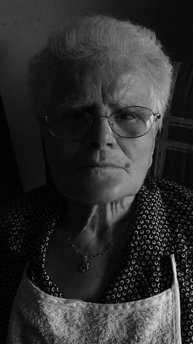 老人(おばあさん)│人物│無料写真素材