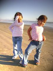 modelando (Pablo Snchez T.) Tags: mar playa chiquillas