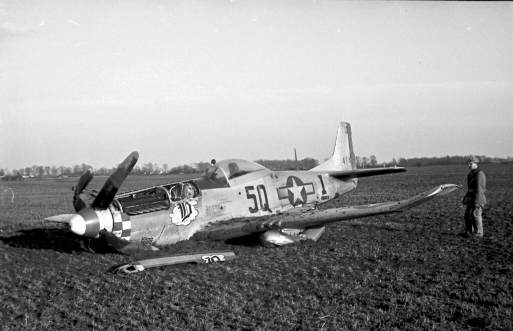 P51 Crash f6.3 100th sec 15:30hrs GMT 03