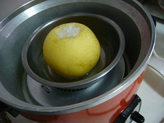 製作冰糖燉梨的步驟4