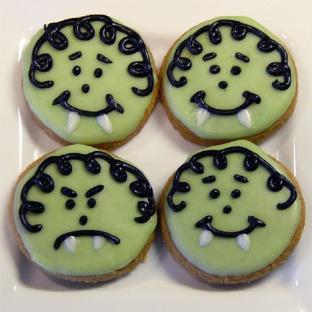 Halloweegan Vampire Cookies