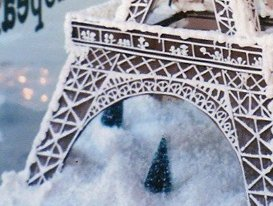 Gingerbread Eiffel Corner