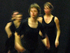 Electra  6777a (Lieven SOETE) Tags: woman art greek donna mujer theater theatre femme performance young dramatic bruxelles tragedy frau 2008 brussel electra junge joven jeune molenbeek sophocles  giovane kleineacademie  lievensoete