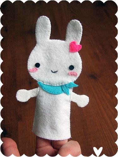Bunny-san finger puppet