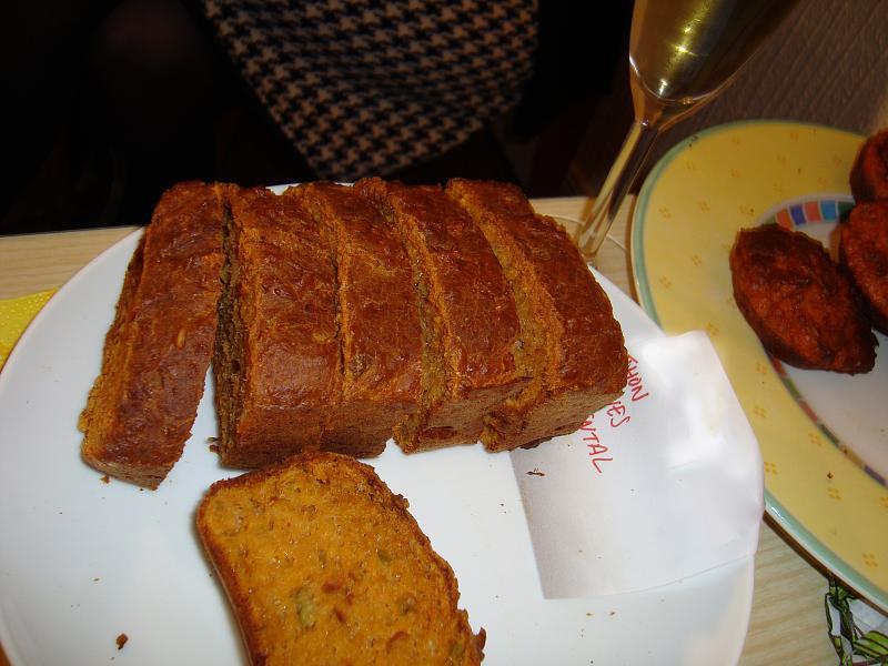 NYE 2008 cake 027