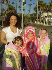 062709-08 Girls with Jasmine at Oceanside Beach