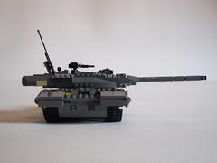 Target locked, ready to fire (Aleksander Stein) Tags: tank lego military main battle kodiak 2a6 westrussia