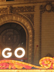 Just go (All About Eve) Tags: voyage trip chicago detail building classic night vintage marquee lights vacances neon theatre go lumières lettres marquise classique ampoules