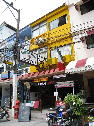 Banana's Tacos guest house in Patong