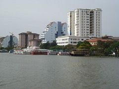 Marine Drive - Beautiful Buildings (Anulal's Photos) Tags: cochi cochin kochi kochin marinedrive eranakulam cochinmarinedrive kochinmarinedrive eranakulom areabiansea queenofareabiansea cochinlake kochilake