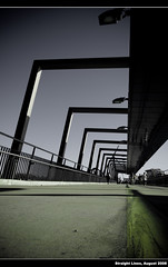 Straight Lines ([ Kane ]) Tags: bridge lines yellow lights paint brisbane qld kane gledhill 400d kanegledhill kanegledhillphotography