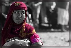 Hijab glance back candid